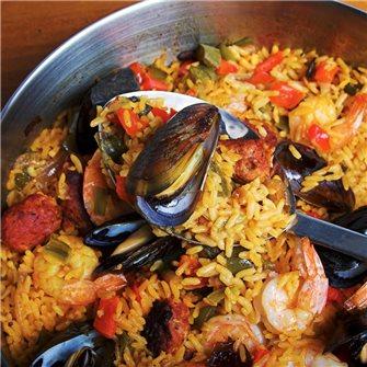 Das Geheimnis der Paella-Zubereitung